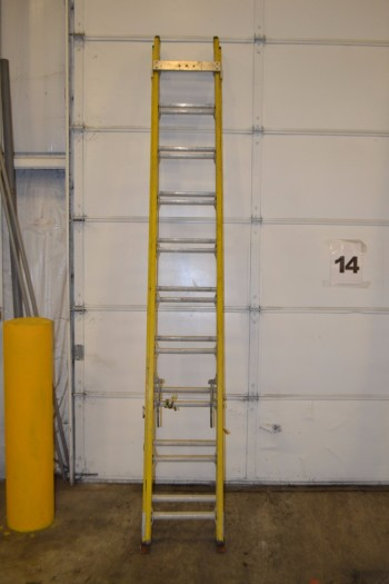SMURFIT-STONE EXTENSION LADDER