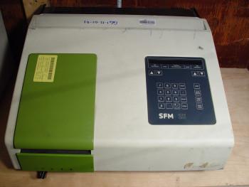 Kontron SFM 25 Fluorescence Spectrophotometer