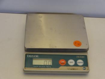 Taylor TE32C Digital Scale