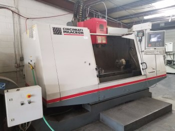1997 Cincinnati Milacron Sabre 1500 4th Axis CNC Vertical Machining Center