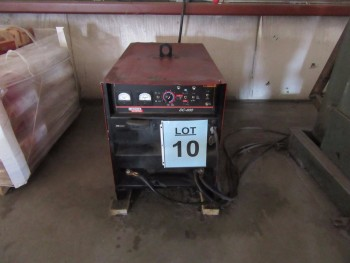 LINCOLN DC-600 WELDER WITH LINCOLN NA-3N WIRE FEEDER AND 4000 LB. STAND, (BACK BUILDING)