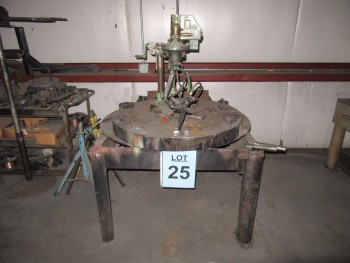 TANAKA KT-30-6 PORTABLE CIRCLE CUTTING UNIT WITH TABLE, (BACK BUILDING)