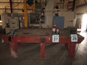 HEAVY DUTY MILLING MACHINE TABLE WITH VISE, 7' W X 10' L X 37'' HIGH, (BACK BUILDING)