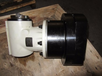 90 DEGREE RIGHT ANGLE HEAD FOR CHEVALIER, 38 KW, 2000 RPM, 150 MM, YEAR 2012, (BACK BUILDING)