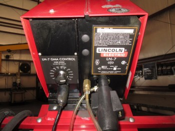 LINCOLN CV-250 WELDER WITH LINCOLN LN-7 WIRE FEEDER AND HANSEN MIG ARM, (BACK BUILDING)