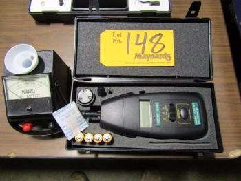 Extech, Myron L. Company 512M5 Digital Contact Tachometer, DS Meter