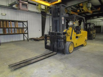 Royal Liftmasters TC300CS Fork Lift