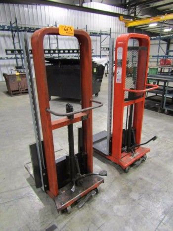 Presto (2) Hydraulic Material Lifts