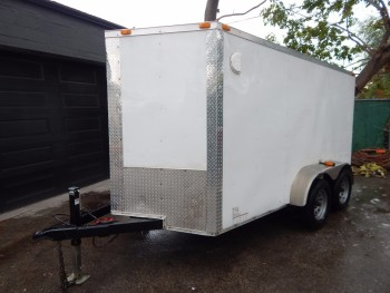 CYNERGY (2015) SWIFT TANDEM AXLE ENCLOSED V-NOSE UTILITY TRAILER