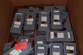 LOT OF 21 SQUARE D 30A AMP 600V-AC DISCONNECT SWITCH