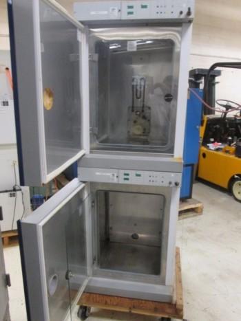 Napco Dual Stack Precision CO2 6000 Incubator