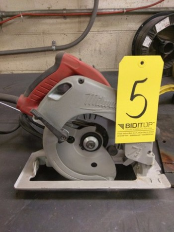 Milwaukee Circular Saw (No Case)