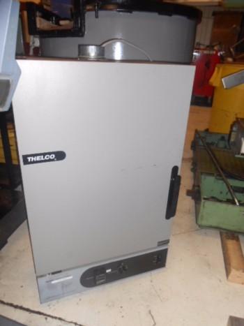 Thelco Precision 31614 Scientific Oven, Temp. Range: 40C to 250C, 115V, 1Ph