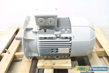 NEW SIEMENS 1LE1001-1DC43-4FB4-Z 12.6 KW 460V-AC ELECTRIC MOTOR
