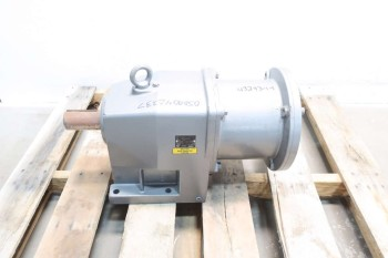 NEW NORD GEAR 52 VL IEC132 14:1 HELICAL GEAR REDUCER