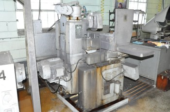 DoALL MODEL D8-1, 8IN x 24IN Hydraulic Automatic Surface Grinder,