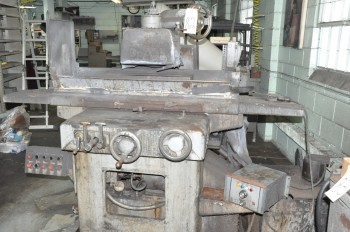 DoALL MODEL D824-10, 8IN x 24IN Hydraulic Automatic Surface Grinder,