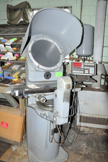 JONES & LAMSON MODEL PC-14A, 14IN Optical Comparator,