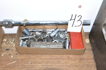Lot-Sockets in (1) Box