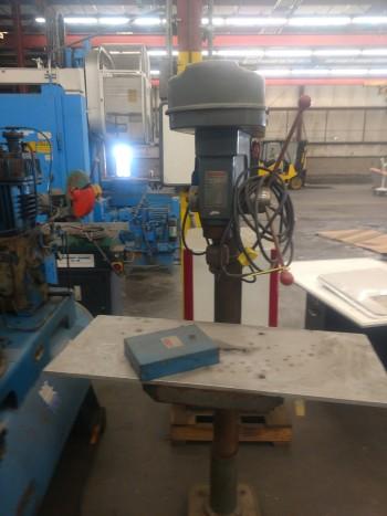 Dayton max Drill Press, Model PD8-25P, 550-3170 rpm, S/N 6998