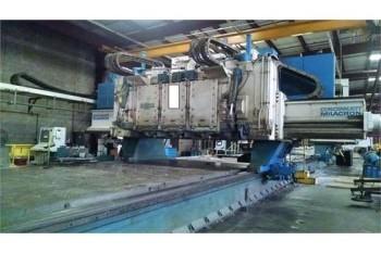 Cincinnati Milacron 3-Spinde 5-Axis gantry Mill, # 4, S/N 4318-81-0034
