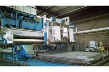 Cincinnati Milacron 3-Spinde 3-Axis gantry Mill, # 3, S/N 4318-79-0005
