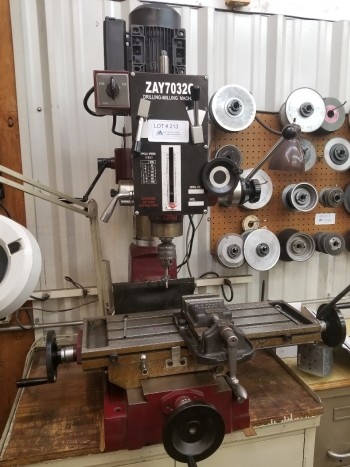 Central Machinery ZAY10320 Table Top Mill