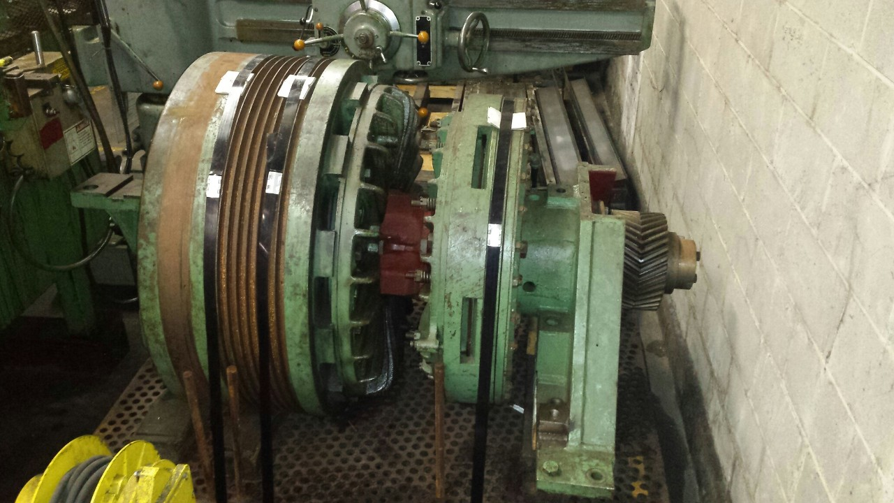 CLEARING PRESS FLYWHEEL/CLUTCH