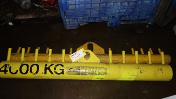 LOT OF 2 EXCEL LEVAGE 4000KG OVERHEAD CRANE ATTACHMENT