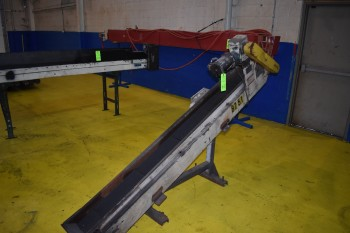 Hytrol Incline Conveyor w/ 100\