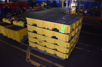 Lot of (5) Eagle Low Profile Containment Pallet Spill Tanks (plastic)