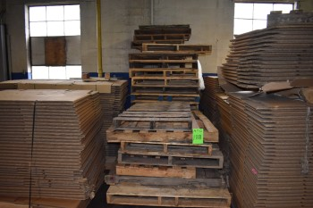 Lot of Wood Pallets