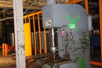 Hannifinn Mod F350XX 35 ton press s/n D-850