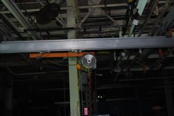 Knight Overhead Freewheeling Crane