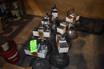 Lot of Shop Lights
