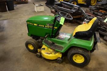 John Deere Lawn & Garden Tractor Model LX172