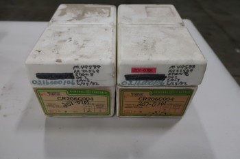 LOT OF 2 GE CR206C004 MAGNETIC COMBINATION STARTERS