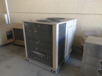 Allied Commercial A/C Unit, Model 45 W 3/ S/N 5609J01130