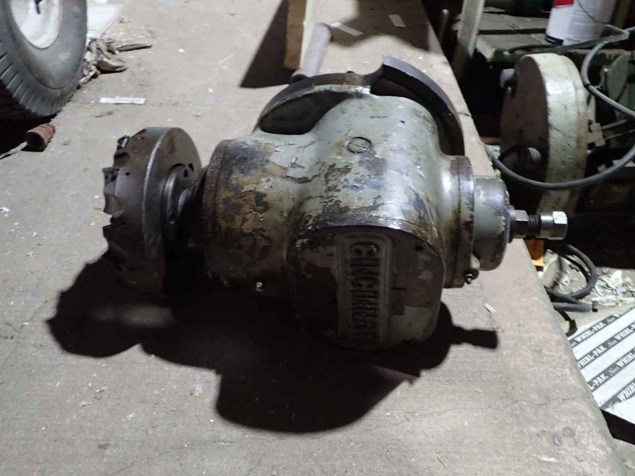 Cincinnati Right Angle Vertical Mill Milling Head for Horizontal Mill, Used Good